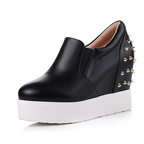Shoes Imitated Pumps Leather Ladies On BalaMasa Studded Slip Heels Black High xzqnZ8Y4