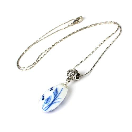 Limited Sales Promotion Impression Porcelain Jingdezhen Porcelain Fairy Lotus Reflected in a Raindrop Double Sides Painted Pendant Necklace Vintage Style