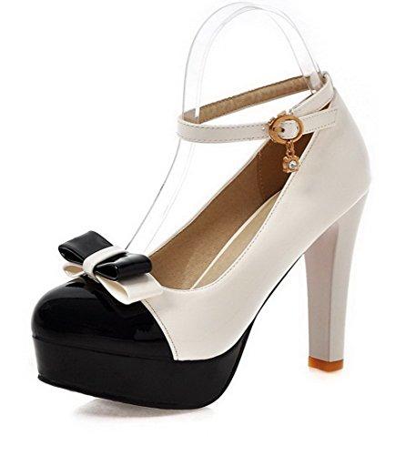AllhqFashion Damen Lackleder Schnalle Rund Zehe Gemischte Farbe Pumps Schuhe Weiß