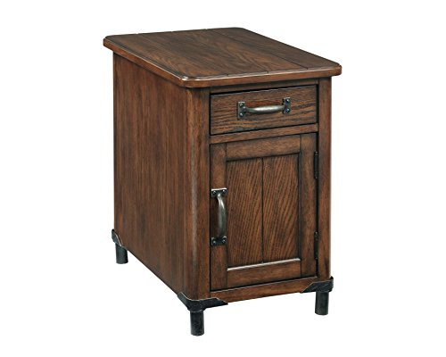 Broyhill Saluda Chairside Chest ()