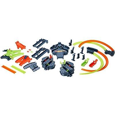 Hot Wheels GFH87 Colossal Crash Track Set, Multicolor: Toys & Games