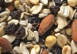 Midwest Northern Nut - RAW Trail Snack & Nut Mix - 10 Lbs / Bulk / Wholesale (Raw: Raisins + Cashews + Almonds + Sunflower & Pumpkin Seeds), BUY in Bulk and SAVE - 10 Pounds (Pack of 1) by Midwest Northern Nut