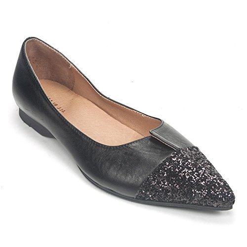 ALL BLACK Cut Cap Shoe