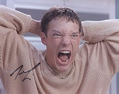 MATTHEW LILLARD as Stuart – Scream 8″x10″ GENUINE AUTOGRAPH