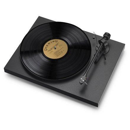 pro-ject-debut-iii-matte-black-turntable