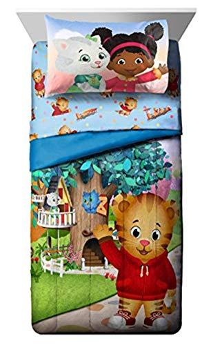 (PBS Kids Daniel Tiger Treehouse Pals Twin Comforter, Blue/Green)