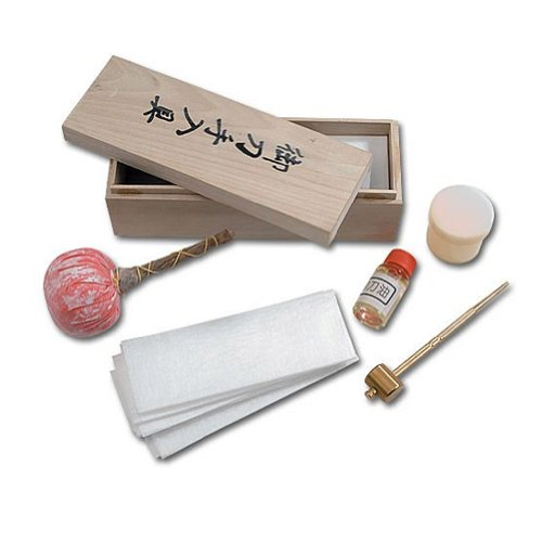 United Cutlery UC1480 Deluxe Japanese Sword Care Kit, Outdoor Stuffs
