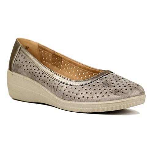 Buonarotti Zapato Cerrado de Salón Calado con Cuña y Planta de Piel. Altura: 4.5 cm. Plata