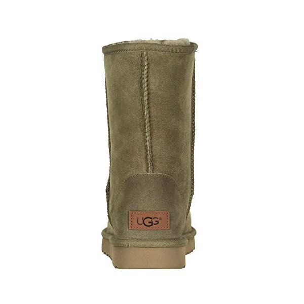 UGG Women's W Classic Short Ii Fashion Boot