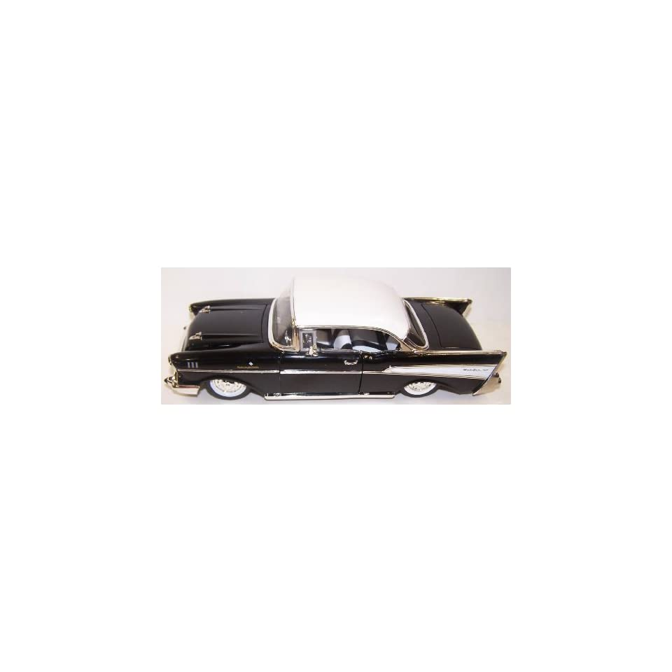 Jada Toys 1/24 Scale Diecast Showroom Floor 1957 Chevy Bel Air in Color Black with White Top