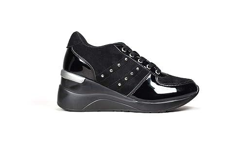 3a382583613 Bosanova Zapatillas Deportivas Negras con Plataforma de Mujer Bambas Mujer  con Plataforma Sneakers Negras Altas Mujer con Vira Plateada y Tachas  Metálicas