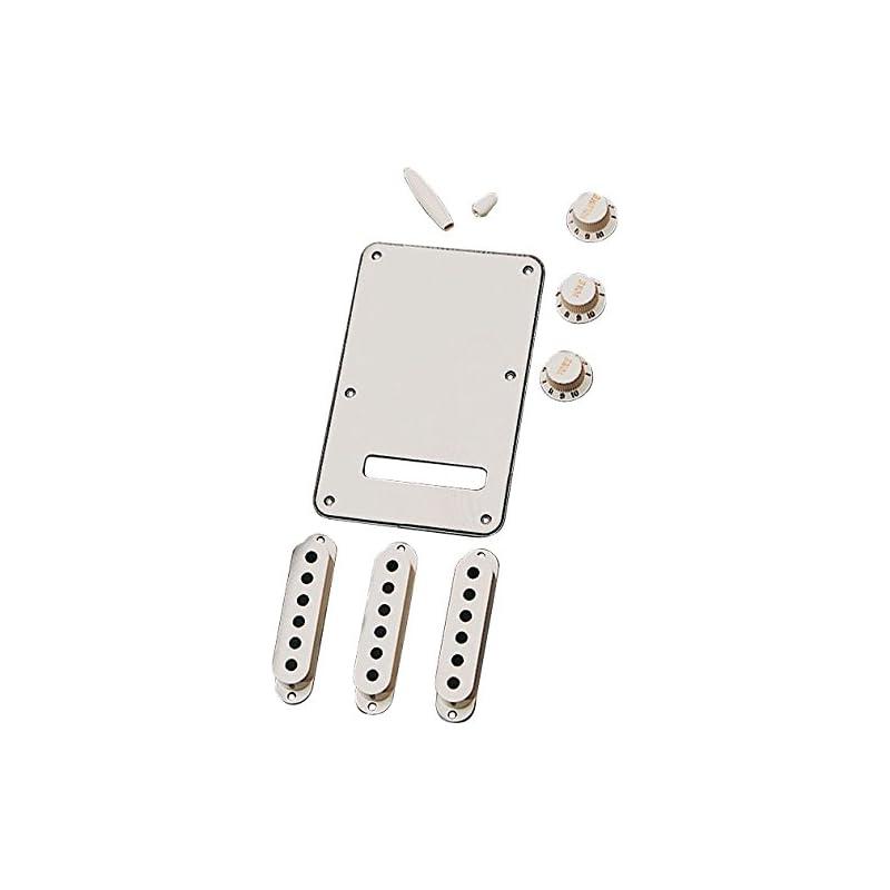 fender-stratocaster-accessory-kit