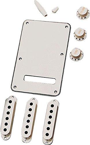 Fender Stratocaster Accessory Kit-Parchment
