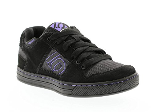 Five Ten Freerider Women's Flat Pedal Shoe: Black/Purple 7