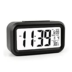 QIANXIANG Digital Alarm Clock, Battery Operated and Long Battery Life Alarm Clock with Back Light,Temperature,Snooze,Large Digit Display, Alarm Clock for Kids/Heavy Sleepers/Bedroom/ Travel?Black?