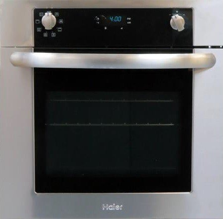24″ Self-Cleaning Electric Single Wall Oven