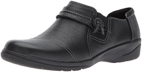 CLARKS Women's Cheyn Madi Slip-on Loafer, Black Tumbled Leather, 8 M US