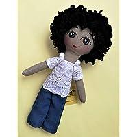 Muñeca de tela diseñada, elaborada y pintada a mano