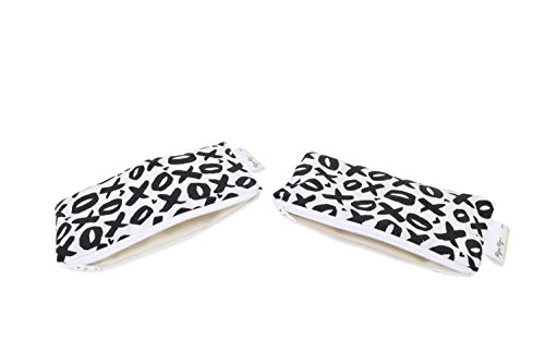 itzy-ritzy-happens-mini-reusable-snack-and-everything-bag-xoxo-black-white