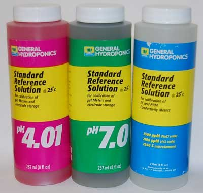 (pH 4.01, pH 7.0, and 1500ppm Calibration Solutions Combo, 8 Ozs)