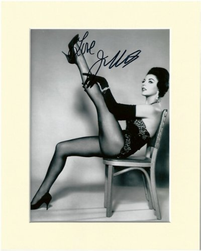 KINGS PANTYHOSE TIGHTS SIGNED AUTOGRAPH PHOTO PRINT IN MOUNT by JOAN COLLINS SIGNED (Collins Autographs)