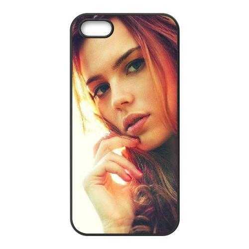 Girl Red Haired Eyes Hair Makeup 63833 coque iPhone 4 4S cellulaire cas coque de téléphone cas téléphone cellulaire noir couvercle EEEXLKNBC25392