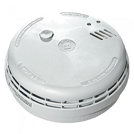 How do you hook up a smoke detector