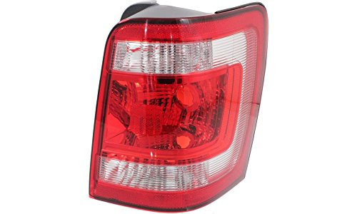 2010 ford escape right tail light - 3