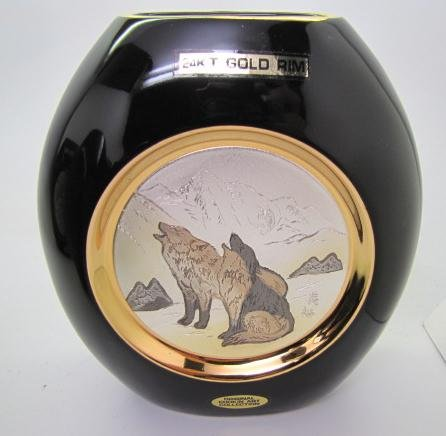 Art Of Chokin Black Porcelain Vase Wolves Wolf 24k Gold Trim Amazon