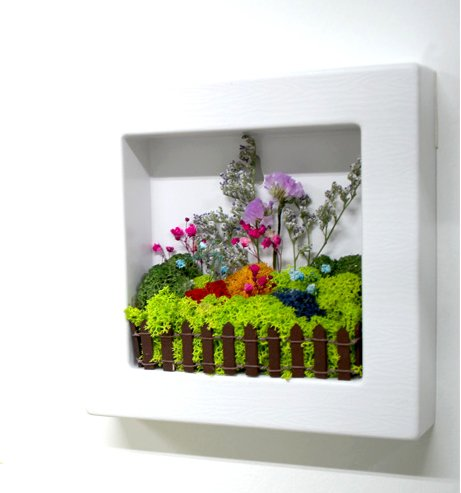 scandia-moss-frame-white-for-air-purification-removal-of-sick-house-syndrome-interior-hand-made