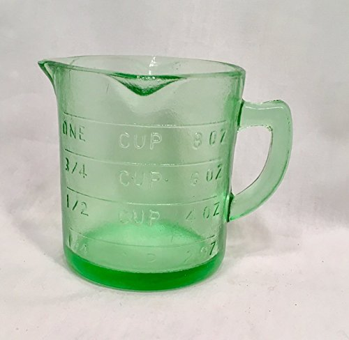 measuring-cup-green-depression-reproduction-glass-1-cup-capacity-515g