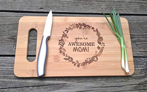 Mothers Gift–Special Love Heart Bamboo Cutting Board Design Mom Gift Mothers Day Gift Mom Birthday Christmas Gift Engraved Side For Décor Hanging Reverse Side For Usage