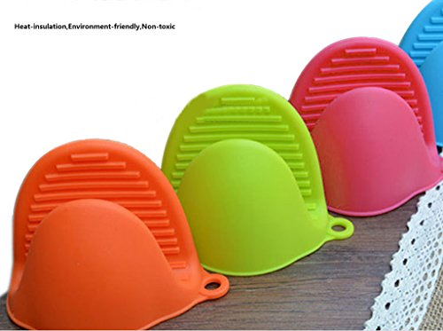 Taousa 70276 Silicone Pot Holder, Oven Mini Mitt, Cooking Pinch Grips, Kitchen Heat Resitant Solution, Set of 6 (3 pairs) by Taousa