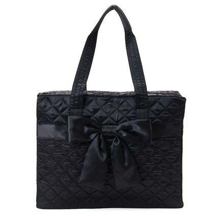 naraya-satin-fabric-traveling-bag-black-m-size