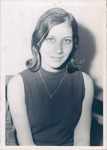 Vintage Photos 1967 Press Photo Hanna Sarah Kaye Winner National Merit Scholarship Beauty 5x7