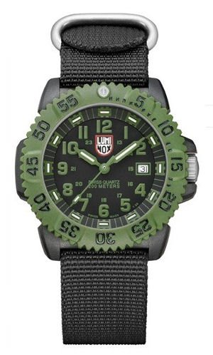Luminox Men's 3041 Quartz Black Dial Carbon Reinforced Polycarbonate Watch with extra Interchangeable Strap