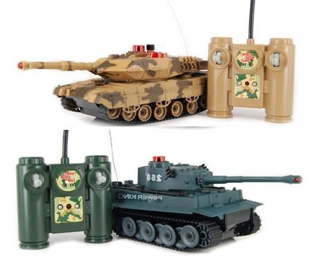 nks -Set of 2 Full Size Infrared Radio Remote Control Battle Tanks - RC Tanks ()