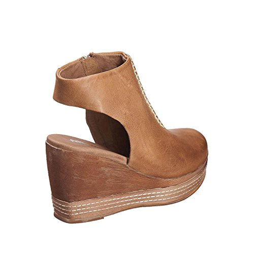 Antelope Mujeres 826 Leather Bib-front Wedge Taupe