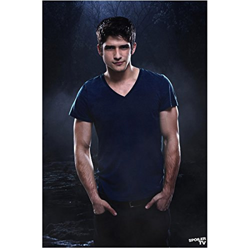 Teen Wolf (TV Series 2011 - ) 8 inch by 10 inch PHOTOGRAPH Tyler Posey from Thighs Up Hands in Pockets kn (Posey Pocket)