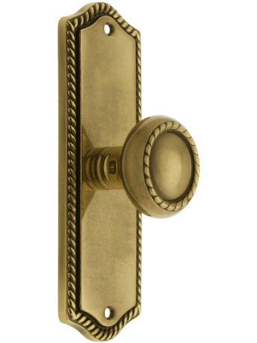 (Colonial Revival Rope Design Door Set With Matching Rope Knobs Privacy In Antique Brass. Antique Hardware Knobs.)