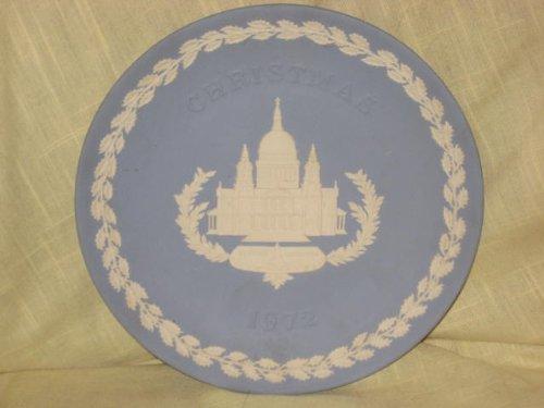 1972 Wedgwood Jasperware Christmas Plate