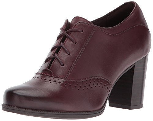 Image of CLARKS Women's Claeson Pearl Oxford