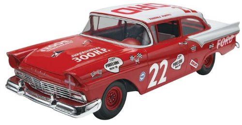 Revell Fireball Roberts '57 Ford Plastic Model Kit Review