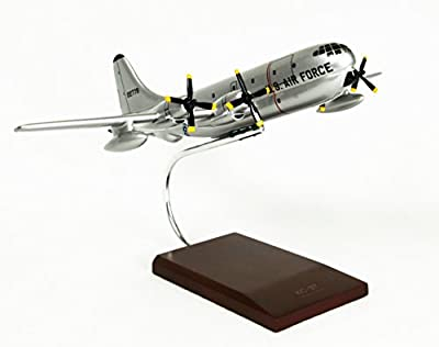 Mastercraft Collection Boeing KC-97G Stratofreighter Model Scale:1/100