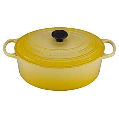 Le Creuset Signature Enameled Cast-Iron 6-3/4-Quart Oval French Oven