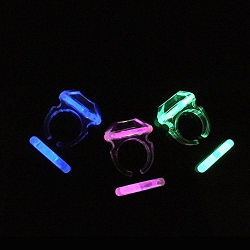 Price comparison product image Fun Central G714 6 piece Glow Ring, Glowing Ring, Glow in the Ring, LED Ring, LED Light Ring, Rings for Kids, Childrens Rings, Party Rings, Party Favor Rings, Ring Toy - Assorted