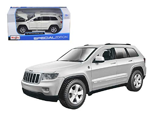 1-24 Jeep Grand Cherokee - Car Gold Diecast