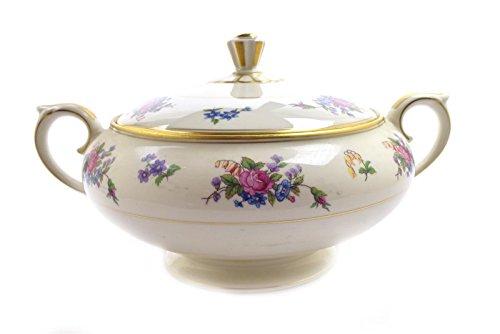 (Lamberton Ivory China Rose of Lamberton Round Covered Vegetable Bowl)