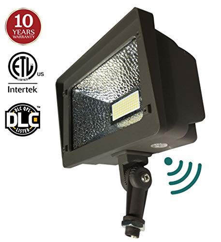 Flood Light With Photocell in US - 3