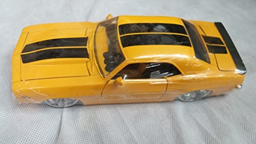 Jada Big Time Muscle 1969 Chevy Camaro 1:24 Yellow with Black Stripe 90346